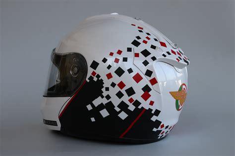 design folien helm helm design f 252 r einen ducati fahrer fontfront