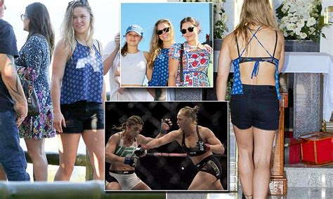 ronda rousey nearly flashed ufc chion ronda rousey flashes a lacy bra while