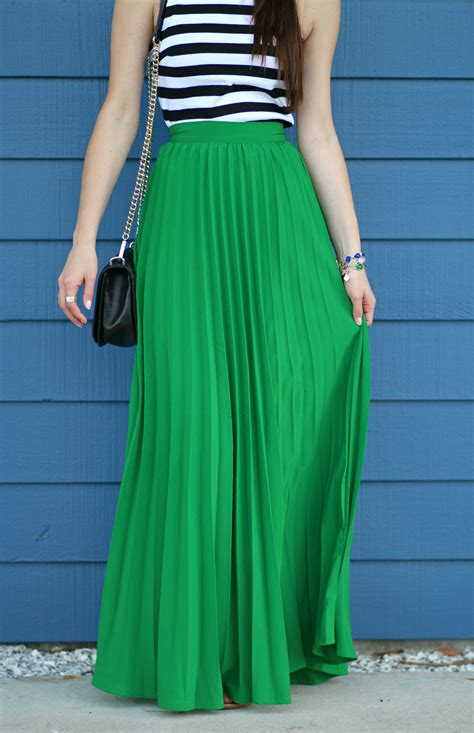 how to style a pleated green maxi skirt for diary