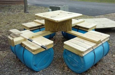 Floating Picnic Table   DIY projects for everyone!
