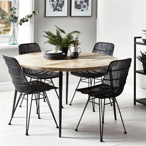 Meja Kursi Makan Plastik 32 model meja makan minimalis terbaru 2018 kayu kaca