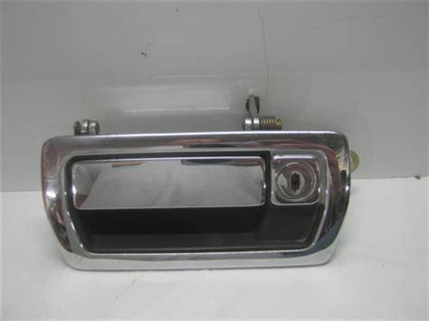 2003 jaguar xj series rear door handle replacement jaguar xj6 xj40 front left door handle jlm11287