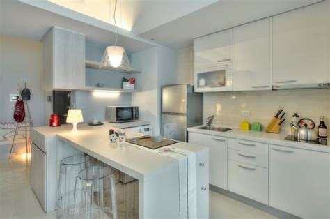 an inspirational apartment living in a shoebox a 345 square foot open plan apartment spiced with a dash