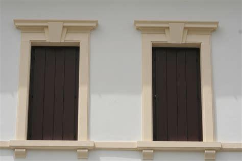 davanzali in legno per finestre soglia e davanzale per finestre soglia e davanzale per