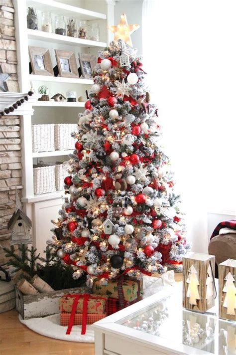 white christmas tree decorations pictures 33 cozy and white d 233 cor ideas digsdigs