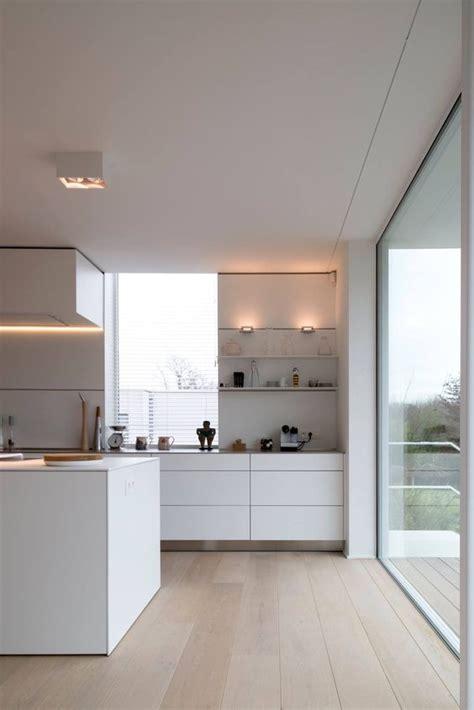 küchen modern wohnzimmer wandgestaltung rot