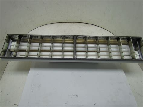 Fluorescent Track Lighting Fixtures 8279ewh Ft40dl 2x40w Fluorescent Track Light Fixture Side Mount White Ebay