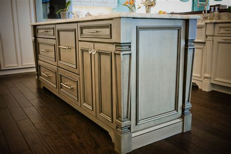 Kitchen Island Cabinet Base by Kitchen Islands Amp Peninsulas Design Line Kitchens In Sea