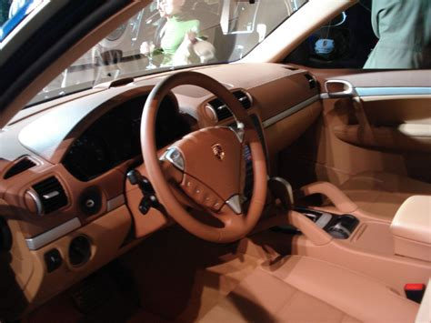 Cayenne Interior by File 2007 Porsche Cayenne Interior Jpg Wikimedia Commons