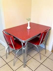 Vintage Kitchen Furniture Best 25 Retro Kitchen Tables Ideas On Pinterest Retro
