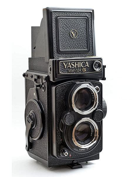 Yashica Mat 124g Tlr by Yashica Mat 124g Medium Format Tlr Review I Still Shoot Photography