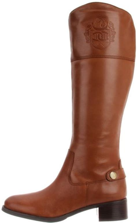 etienne aigner etienne aigner womens chip boot in