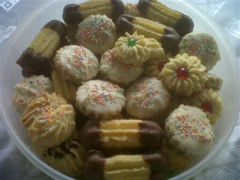 biscuits recipe 61 best images about eid biscuits on tea time snacks viennese whirls and