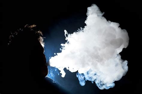 vapor     mist vaping