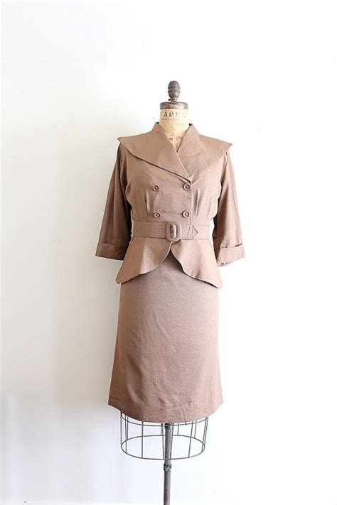 Items Similar To Vintage 40s - items similar to 1940s vintage suit brown volump on etsy