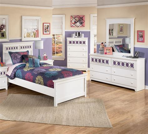 zayley bedroom set ashley signature design zayley 3 piece twin bedroom group