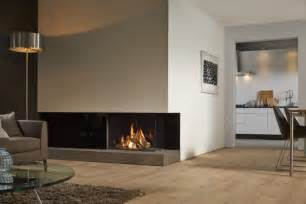 small living room with corner fireplace