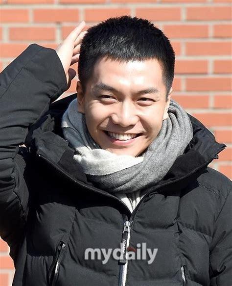 lee seung gi netflix อ ซ งก lee seung gi เด นทางเข ากรมทหารแล วในว นน