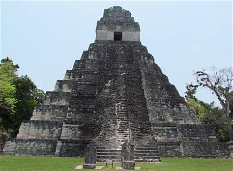 imagenes de mayas en guatemala de paso por ruinas mayas de tikal guatemala