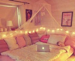 pink bedroom fairy lights bedroom inspiration bed diy cosy room decor room ideas