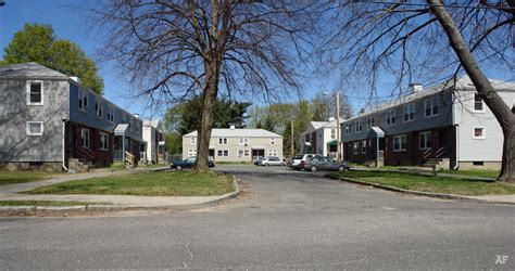 chicopee housing authority leo p senecal apartments chicopee ma apartment finder