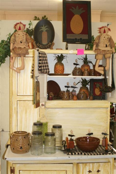 primitive decorated homes pin by betty crane on primitive style pinterest