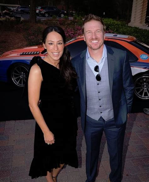 chip and joanna gaines address chip gaines and joanna gaines arrive the hollywood gossip
