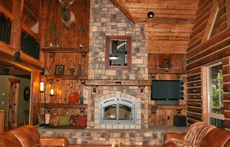 Cabin Fireplace Mantels by Pin By Deb Howard On Rustic Decor I Adore