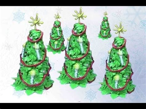 xmas tree made with royal icing edible tree ornament with royal icing cake decorating