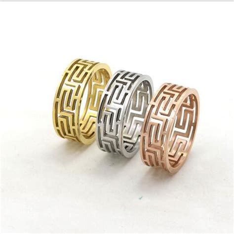 18k gold hollow out g pattern ring fashion wedding jewelry