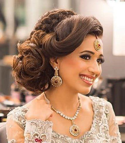 60 Traditional Indian Bridal Hairstyles For Your Wedding Bridal Bun Hairstyles For Saree