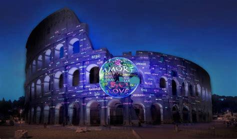 illumina italia il colosseo si illumina per l anniversario di italia e
