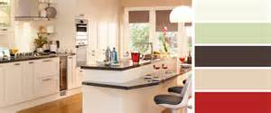 Kitchen Design B And Q by Shaker Kitchens Carisbrooke By B Q Kent Home Designs