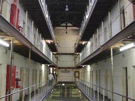 casa circondariale vicenza detenuti carcere larino quot papa francesco ci spieghi se