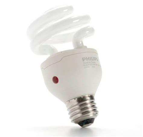 dusk to dawn lights amazon dusk to dawn energy saver cfl light 60 watt single