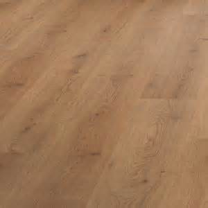 b q value oak effect laminate flooring 2 92m 178 departments diy at b q