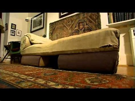 freuds couch 1 2 freud s couch masterpieces of vienna youtube