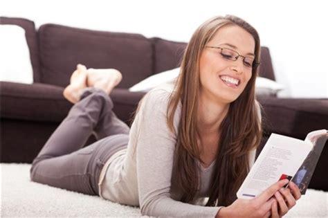 imagenes mujeres leyendo consejos para elegir un buen libro emedemujer venezuela