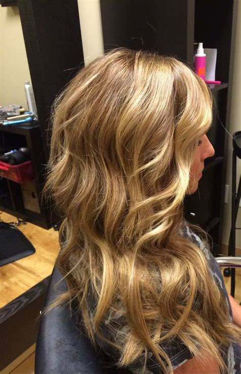 honey blonde hairstyles color honey blonde hair by dkw hair do s beauty too pinterest