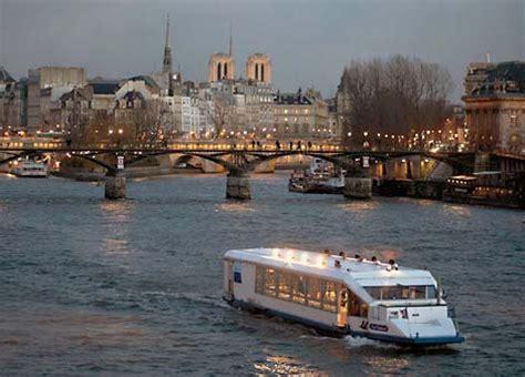 bateau mouche bercy bateaux mouches seine river paris france