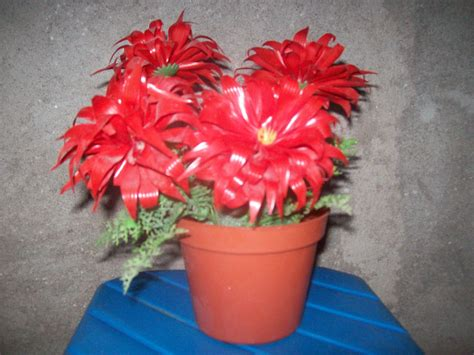 membuat kerajinan bunga dari sedotan kreasi bunga dari limbah sedotan nafisatun makhdliyyah