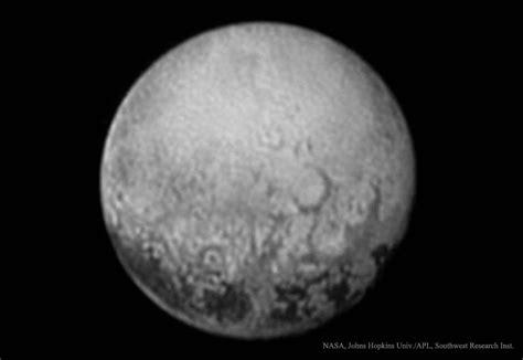 imagenes reales pluton pluton vue de charon l image d astronomie du jour apod