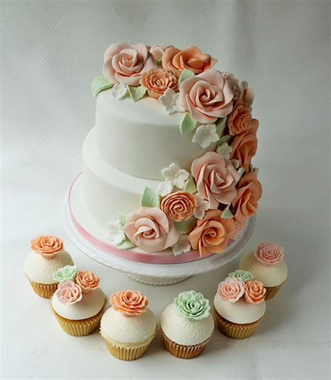 Wedding Cakes & Cupcakes   Manchester   Candy's Cupcakes
