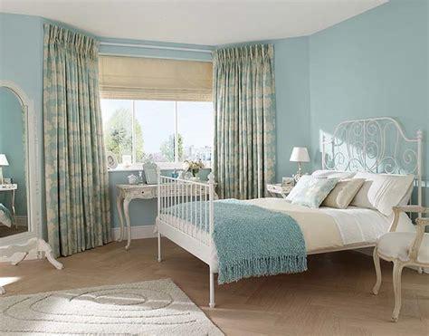Metal Duck Blinds короткие шторы в спальню красивый дизайн с фото феломена