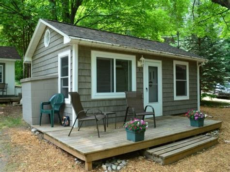 one room cabins for sale tiny territory homes under 400 square feet