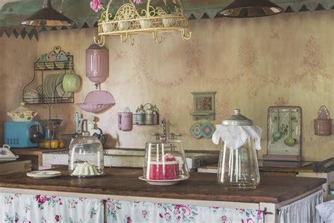 arredamenti francesi antichi tessuti francesi per arredare una casa chic