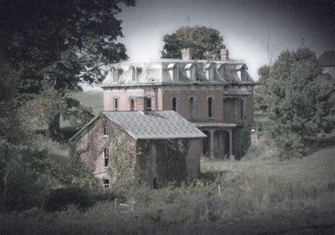 mud house mansion creepy abandoned mansions duane s world