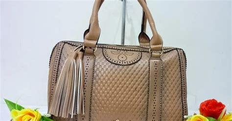 Harga Sepatu Gucci Wanita Asli foto gambar model tas gucci terbaru original selempang