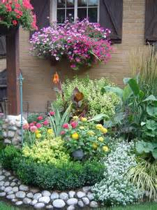 plant beds garden spot gardens to die for pinterest rocks