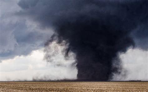 biggest tornado ever worst tornado pictures to pin on pinterest pinsdaddy